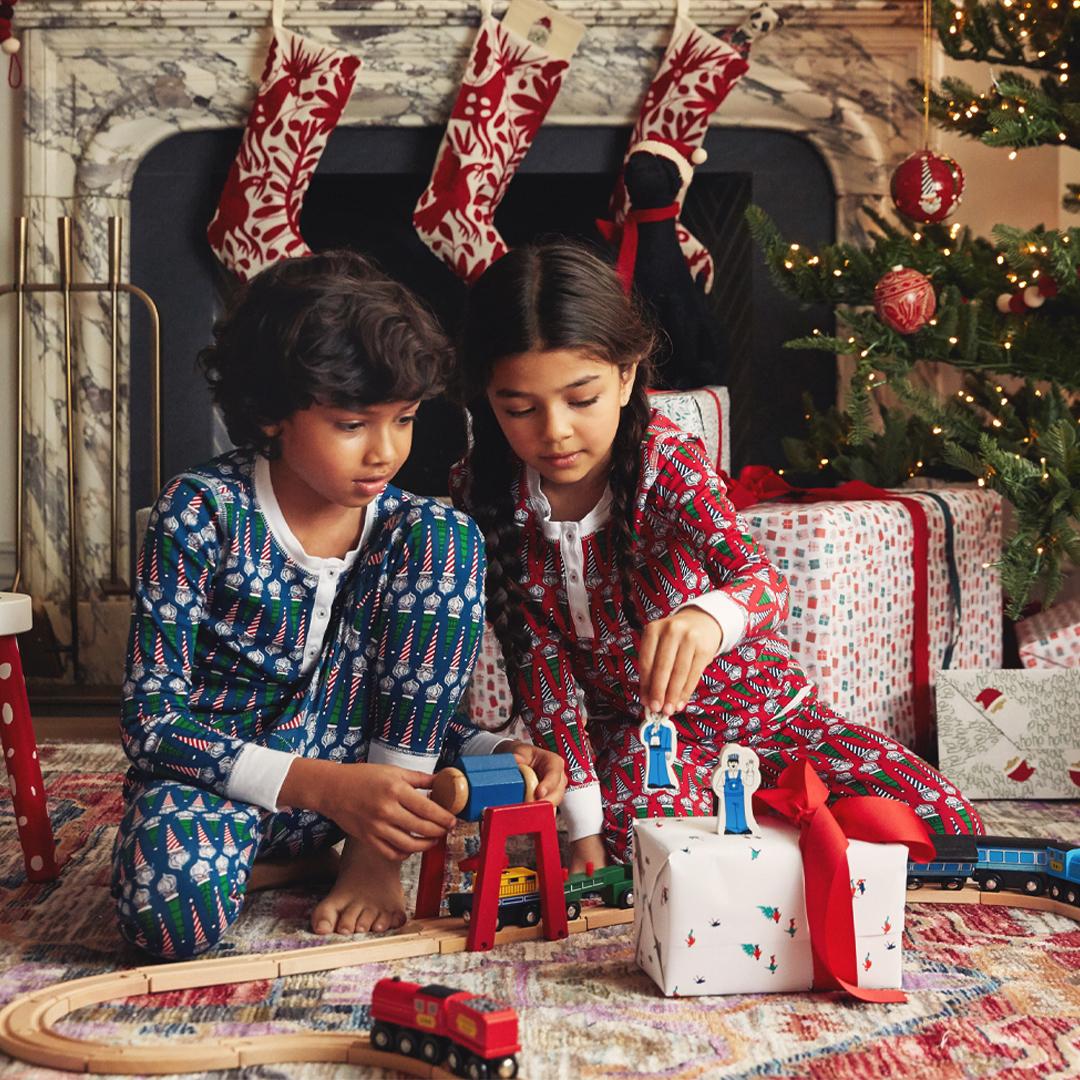 ROBERTA ROLLER RABBIT Infant Bearry Holidays Pajamas $65 NEW