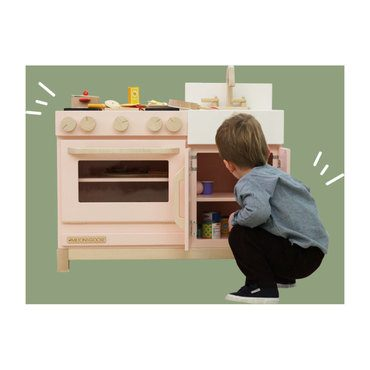 Exclusive Essential Play Kitchen