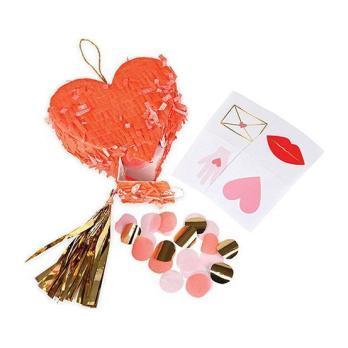 Heart Pinata Favors Pack
